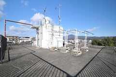 屋上には洗濯物干し場もあります。(2014-03-03,共用部,OTHER,5F)