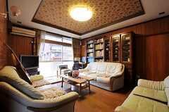 シェアハウスのリビングの様子。(2011-04-23,共用部,LIVINGROOM,1F)