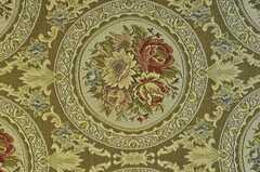 天井の照明周辺は刺繍の壁紙です。キレイ。(2011-04-23,共用部,OTHER,1F)