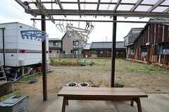 専有部から見た庭の様子。(101号室)(2011-04-23,専有部,ROOM,1F)