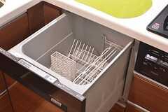 食器洗浄器の様子。(2015-02-05,共用部,KITCHEN,4F)