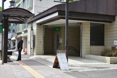 地下鉄南北線・愛宕橋駅の様子。(2018-05-29,共用部,ENVIRONMENT,1F)