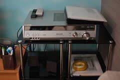 DVDが見られます。音響設備も充実。(2017-05-01,共用部,LIVINGROOM,1F)