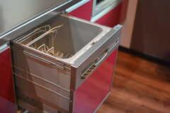 食洗機は2台付いています。(2015-09-28,共用部,KITCHEN,1F)
