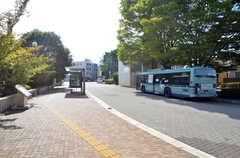 地下鉄南北線・台原駅前のバスプール。(2015-09-28,共用部,ENVIRONMENT,1F)