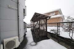 駐輪場の様子。(2012-03-03,共用部,GARAGE,1F)