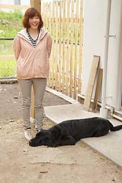 遊びにきたワンちゃんも製作中のドッグランでのんびり。※入居は小型犬のみです。 ※事業者様提供素材(2014-09-02,共用部,PARTY,1F)