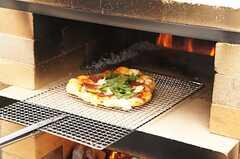 ピザパーティーの様子4。かなり本格的です。 ※事業者様提供素材(2014-09-02,共用部,PARTY,1F)