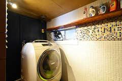 洗濯乾燥機の様子。(2017-07-22,共用部,LAUNDRY,1F)