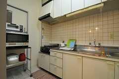 キッチンの様子。(2013-09-17,共用部,KITCHEN,2F)