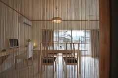 キッチン側から見たシェアハウスのダイニングの様子。(2011-04-03,共用部,LIVINGROOM,1F)