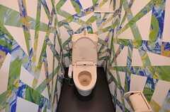 ウォシュレット付きトイレの様子。(2012-07-15,共用部,TOILET,10F)
