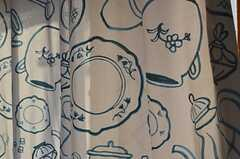 カーテンはティーポットやカップの柄です。(2016-03-07,共用部,OTHER,2F)