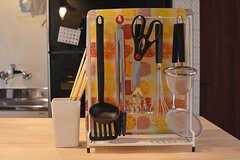 キッチンツールは作業台に置かれています。(2016-10-01,共用部,KITCHEN,1F)