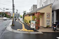 駅からの道のりには飲食店もあります。(2016-10-01,共用部,ENVIRONMENT,1F)