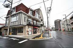 近所の洋菓子屋さん。(2016-10-01,共用部,ENVIRONMENT,1F)