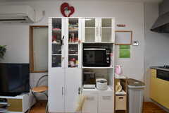 食器棚の様子。(2019-09-24,共用部,KITCHEN,1F)