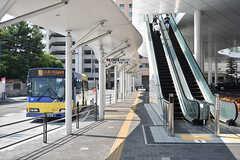 JR京都線・茨木駅のバス亭。(2016-08-08,共用部,ENVIRONMENT,1F)