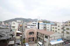 窓からの景色。(301号室)(2013-03-29,専有部,ROOM,3F)