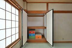 収納の様子。(201号室)(2017-07-12,専有部,ROOM,2F)
