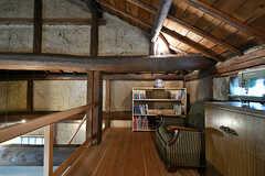 屋根裏の様子。立派な梁。(2017-07-12,共用部,OTHER,2F)
