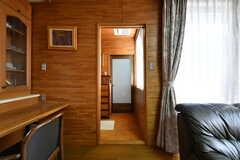 ドアの先はバスルームです。(2018-03-13,共用部,OTHER,1F)