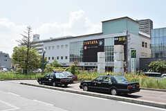 京阪本線・香里園駅前の様子2。TSUTAYAもあります。(2016-08-08,共用部,ENVIRONMENT,1F)