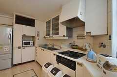 シェアハウスのキッチンの様子。(2011-08-08,共用部,KITCHEN,1F)