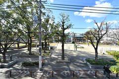 シェアハウスの目の前は公園です。(2017-12-12,共用部,ENVIRONMENT,1F)