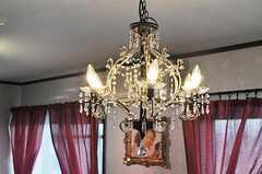 照明はシャンデリア。(2010-10-10,共用部,OTHER,7F)