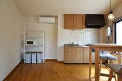 専有部内にキッチンも用意されています。(201号室)(2016-07-04,専有部,ROOM,2F)