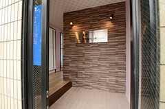 玄関からみた内部の様子。(2013-04-01,周辺環境,ENTRANCE,1F)