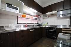 キッチンの様子。(2013-04-30,共用部,KITCHEN,3F)