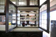 食器棚の様子。(2013-09-18,共用部,KITCHEN,5F)
