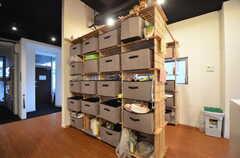 食料棚の様子。(2015-09-01,共用部,KITCHEN,2F)