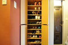 靴箱の様子。(2012-07-13,周辺環境,ENTRANCE,6F)