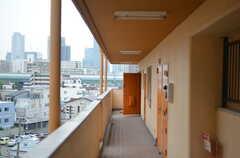 マンションの共用廊下の様子。(2012-07-13,共用部,OTHER,6F)
