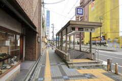 大阪市営地下鉄千日前線・玉川駅の出口は目の前にあります。(2012-07-13,共用部,ENVIRONMENT,1F)