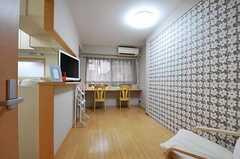 シェアハウスのリビングの様子。(2011-09-04,共用部,LIVINGROOM,1F)