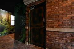 リビングの入口。(2017-09-13,共用部,LIVINGROOM,1F)