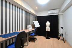 作業部屋の様子2。衣装や小物を作ったり、撮影したりすることができます。(2017-10-06,共用部,OTHER,1F)