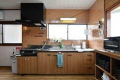 キッチンの様子。(2017-10-25,共用部,KITCHEN,2F)