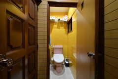 ウォシュレット付きトイレの様子。(2017-10-25,共用部,TOILET,2F)