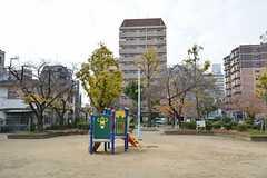 目の前にある公園の様子。(2014-12-08,共用部,ENVIRONMENT,1F)