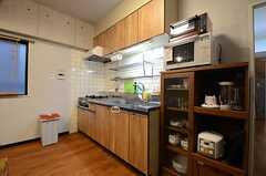 キッチンの様子。(2015-06-15,共用部,KITCHEN,4F)