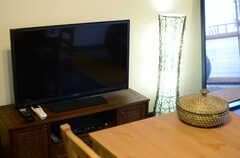 共用TVの様子。(アジアンスタイル)(2013-09-10,共用部,TV,7F)