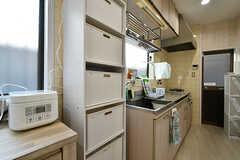 専有部ごとに使える収納スペースの様子。(2017-04-04,共用部,KITCHEN,1F)