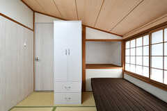 専有部の様子2。斜め天井です。(302号室)(2017-04-04,専有部,ROOM,3F)