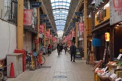 大阪メトロ谷町線・中崎町駅前にある商店街。(2018-04-11,共用部,ENVIRONMENT,1F)