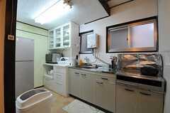キッチンの様子。(2012-08-18,共用部,KITCHEN,2F)
